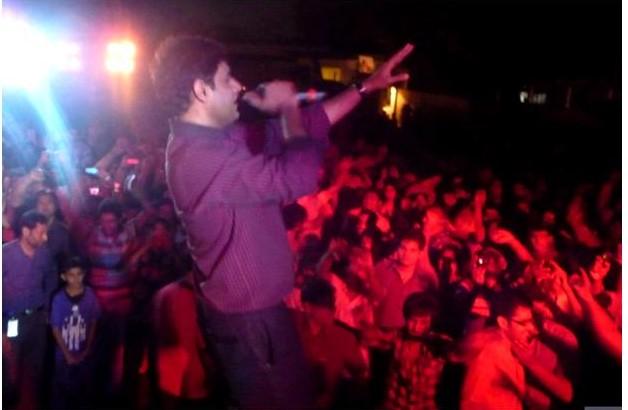 PR Urdu  Warid Concerts