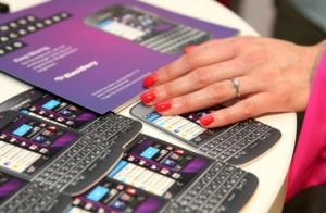 BlackBerry mulls firing 40% staff in latest cost-cutting move